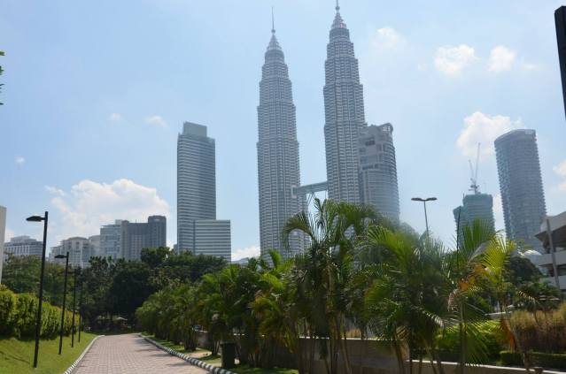 Petronas towers in the daytime.