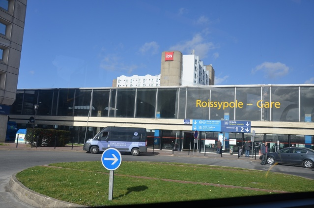 Roissy Airport, train station and subway