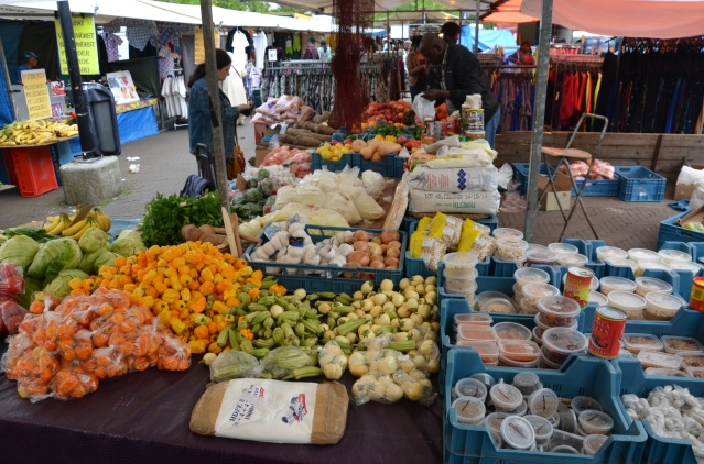 Fresh food products at the Ganzenhoef Saturday market.