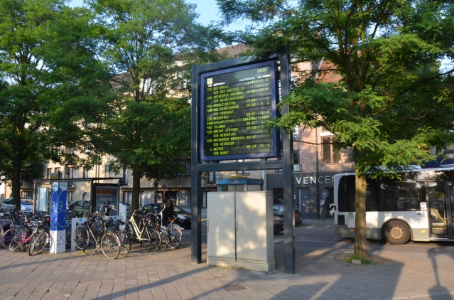 Bus timetable at turnhout