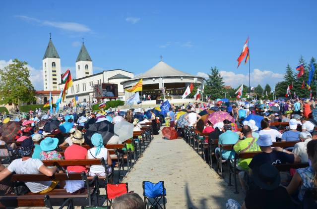 Faithfuls attending the youth fest at Medugorje