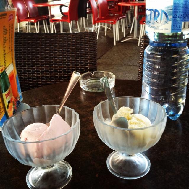 Strawberry and vanilla flavors