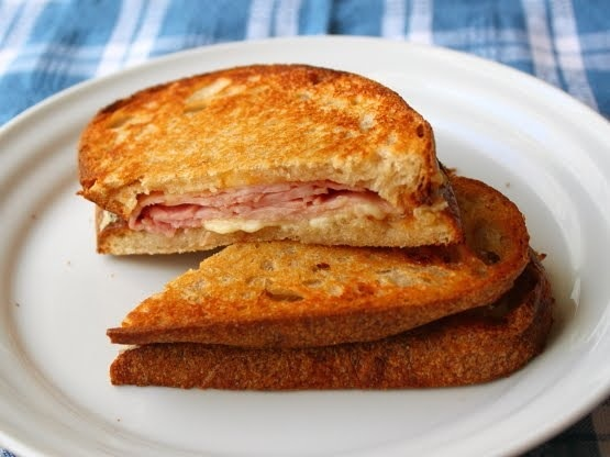 A tosti sandwich (picture courtesy of Chef John).