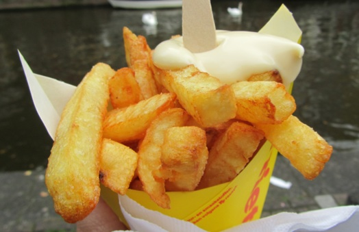 Patat or French fries with a dollop of mayonnaise (Picture courtesy of Netherlands by numbers.)