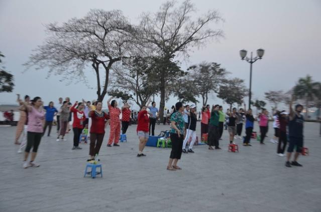 Streetdance in Phnom Penh, Cambodia