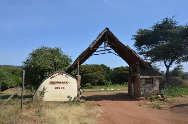 Entrance to Nalepomara Lodge