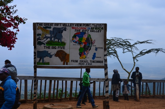 Rift Valley viewpoint at Mai mahiu