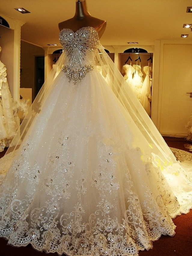 A Swarovski crystal wedding dress @Ca-bridal