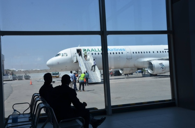 Mogadishu to Nairobi flight via Wajir.