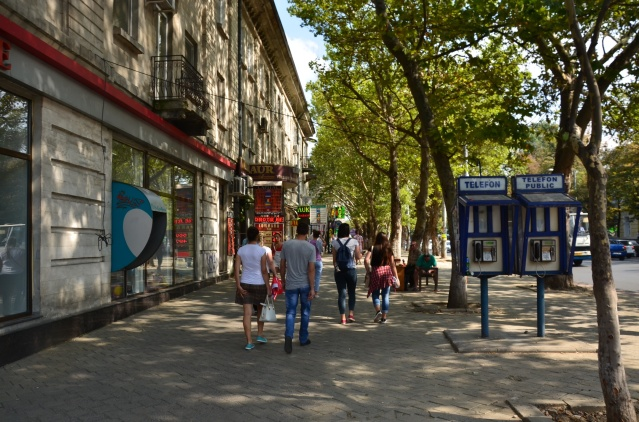 A street in the city-centre, Chisinau.